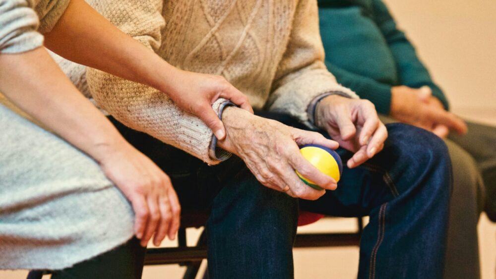 國健署5月送大禮!防失智失能  2類人可做「免費」健康評估