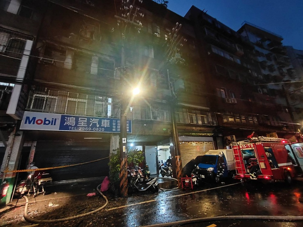 計程車行宿舍半夜火警 3死1重傷疏散24人
