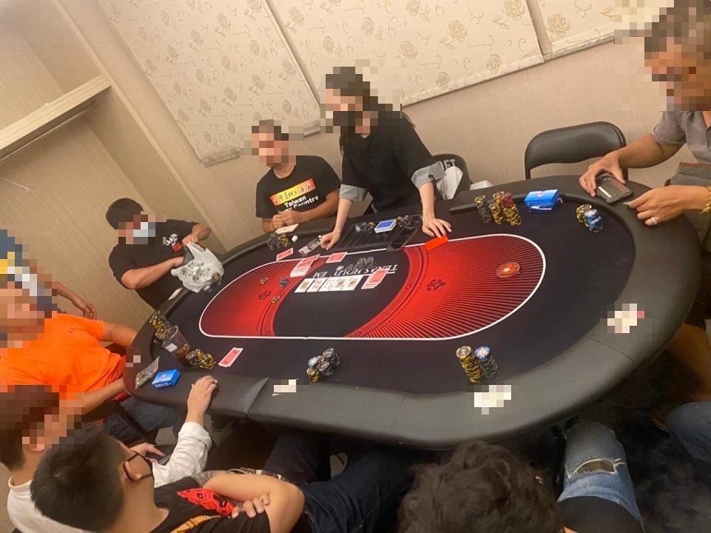 德州撲克流竄日租套房 拆卸式賭桌每天換點仍被逮