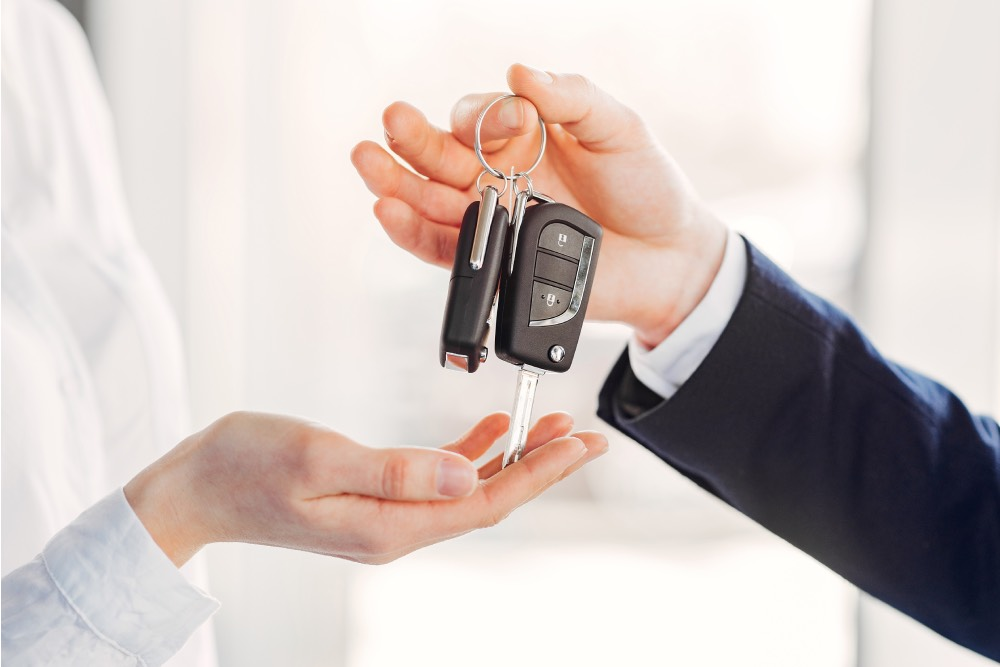 買車不怕業代騷擾 !汽車網站一鍵詢價 省時又省力