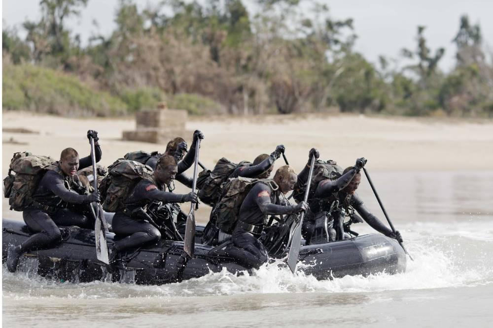 陸戰隊膠舟翻覆3溺水命危 專家指承擔風險是訓練必要