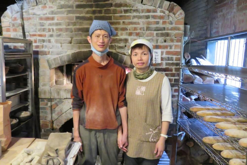 想買還買不到!傳說中自建土窯、每週只開爐兩天北埔BK烘焙坊