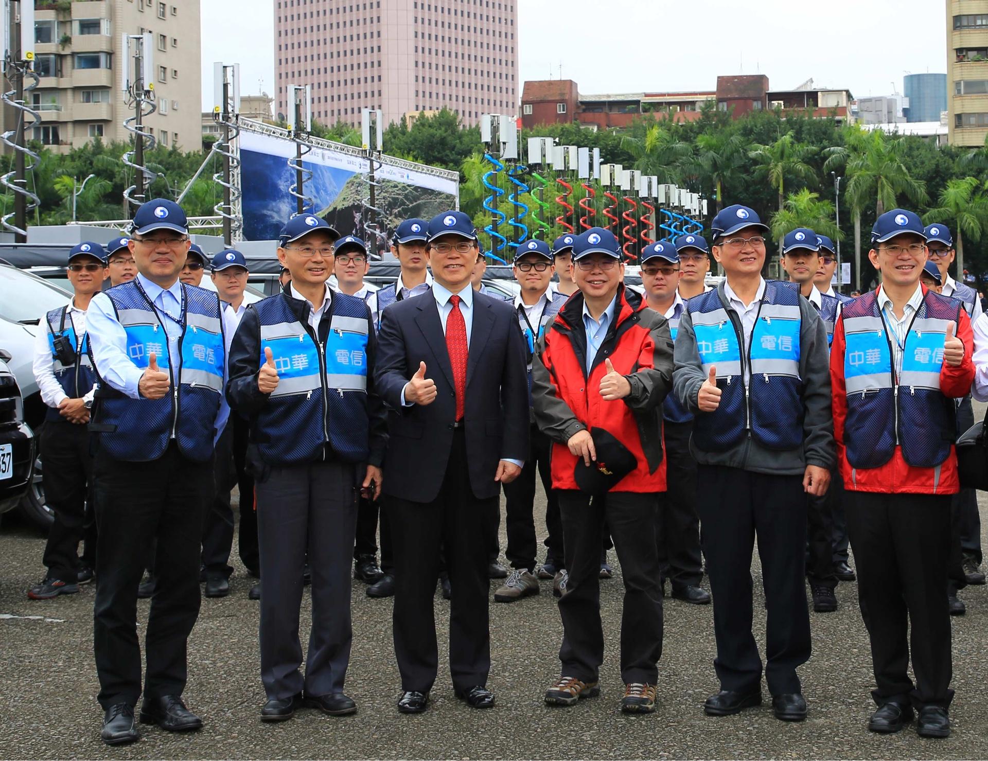 中華電信第五代防救災行動通訊車上陣