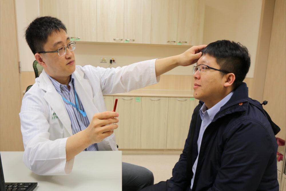 高血壓未按時服藥 中年男「眼歪嘴斜」差點沒命
