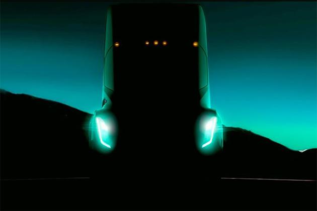 特斯拉電動卡車明亮相 來看看「野獸」Tesla Semi