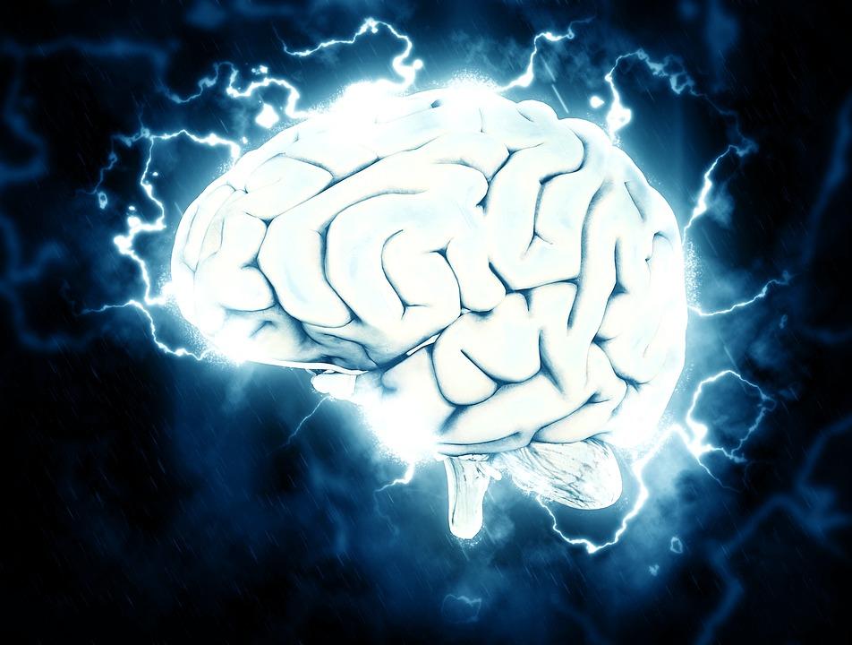 治巴金森氏症顫抖埋「腦部刺激器」  健保8月全面給付省逾62萬