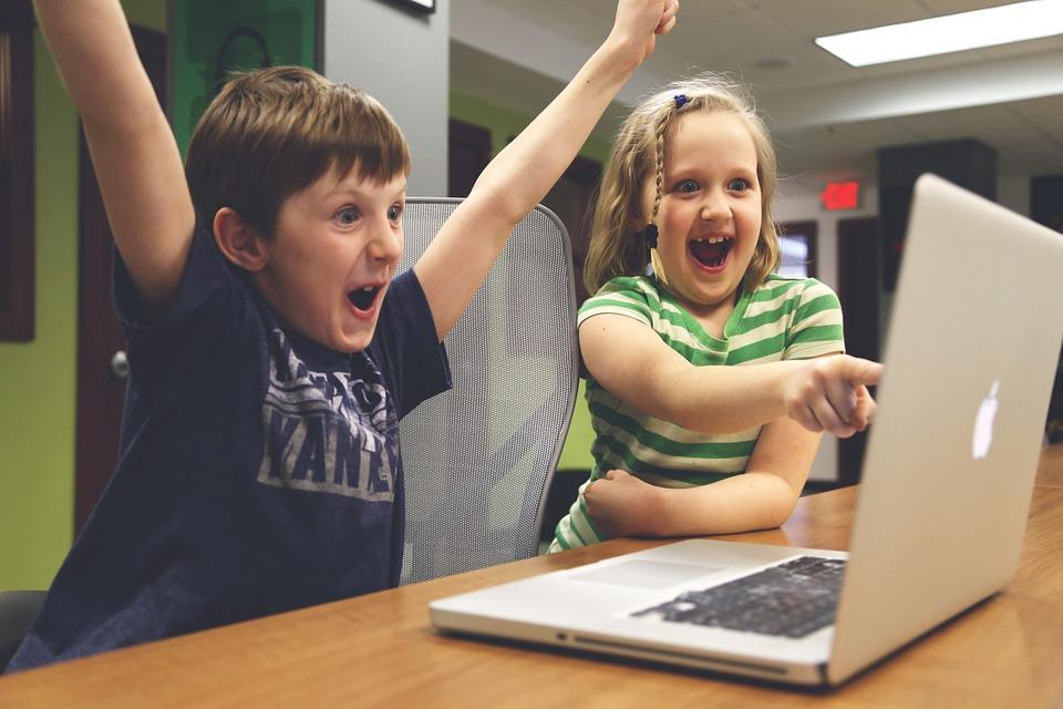 孩子嗑了「電子藥物」? 網路遊戲成癮時間長短非絕對