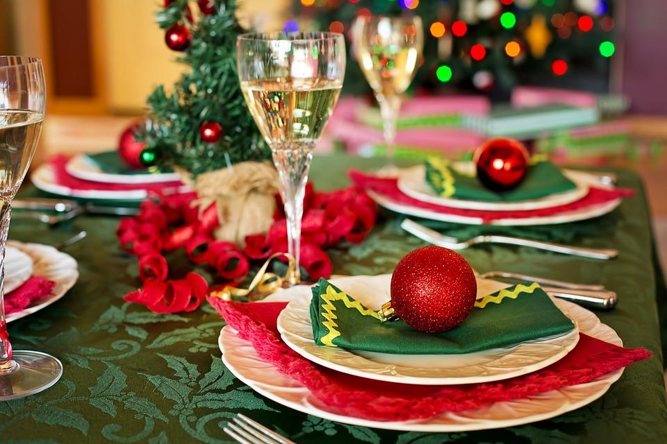 耶誕大餐藏「肥」陷阱! 吃一頓得跑76圈操場消耗