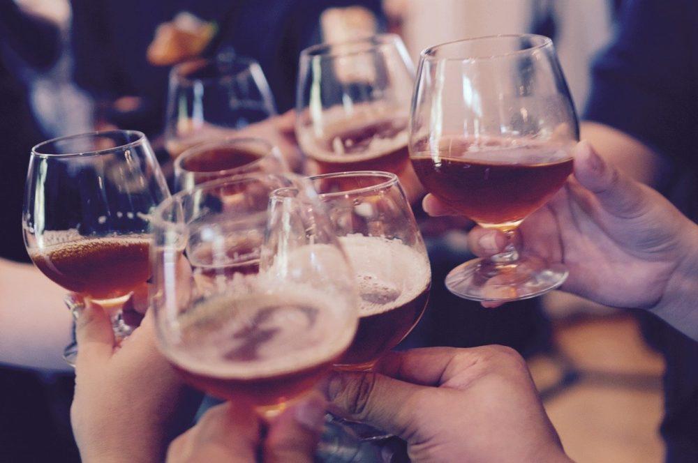 台灣人近半「酒精不耐」 喝酒臉紅是罹癌、失智大警訊