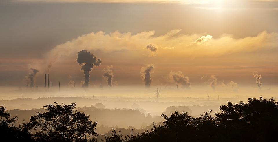 家中燒香又鄰近馬路、廟宇  國衛院監測:嘉義老人PM2.5暴露量最高