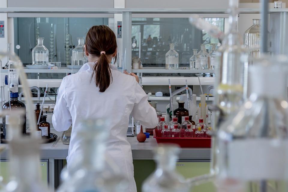 「再生醫療」食藥署爭取今年立法 設5年救命條款