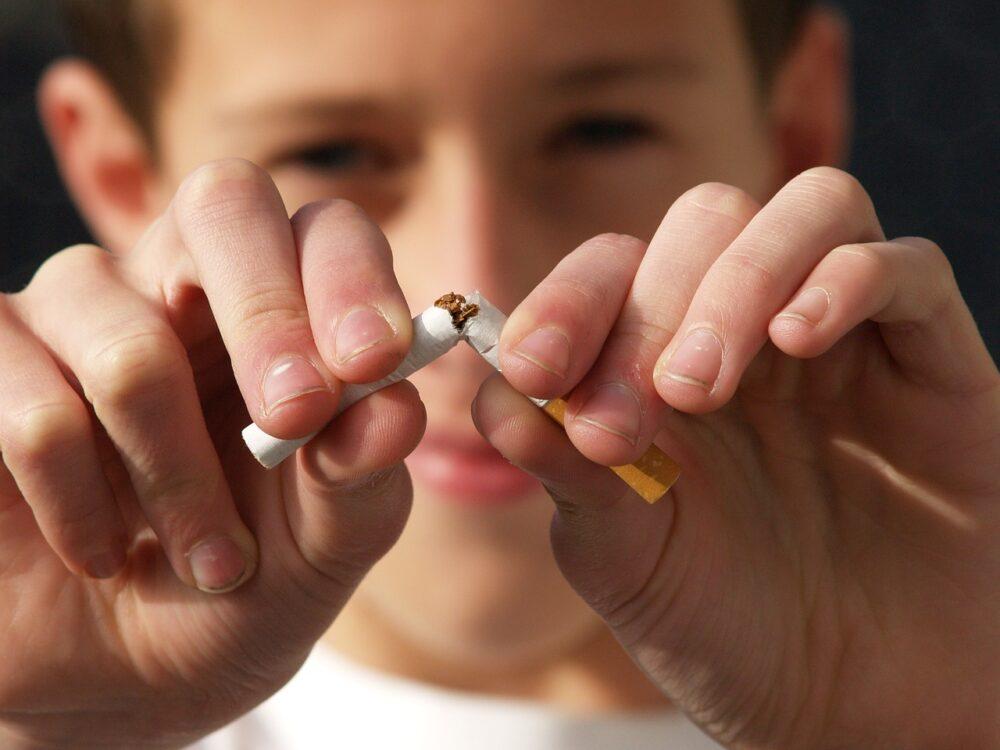 新世代菸害?台灣青少年「加熱菸」飆出高使用率  比美國高