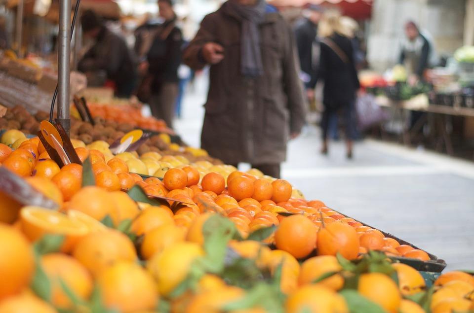 菜市場、路邊水果貨車通通要管了! 散裝食品將全面標示產地