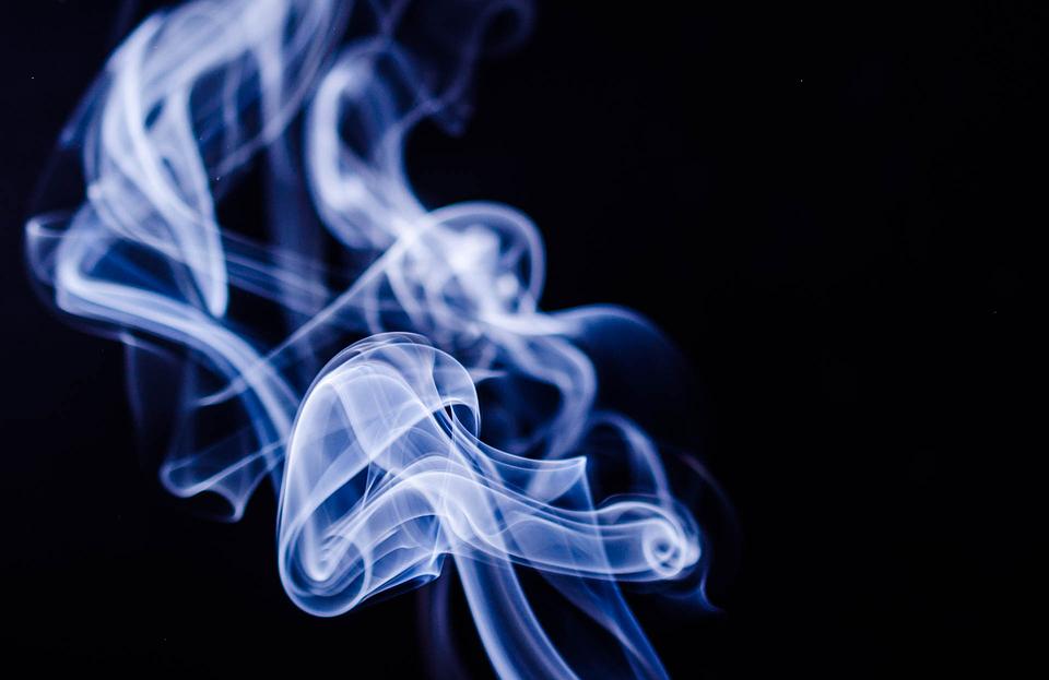 青少年碰電子煙恐惹「麻」煩!  研究:吸食大麻機率是常人3.5倍