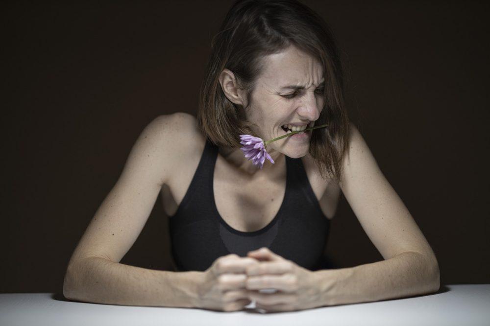 微笑熟女一夕轉性「暴衝」  她更年期引發自律神經失調不自知
