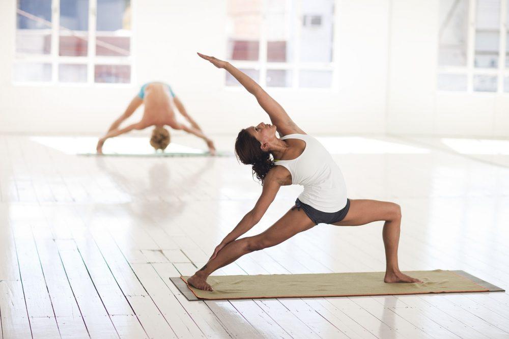 告別全身硬梆梆 修復瑜珈帶你重拾活力
